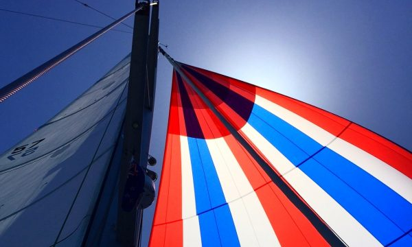 spinnaker class, learn how to fly spinnakers